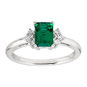 7/8 ct Emerald & 1/10 ct Diamond Ring