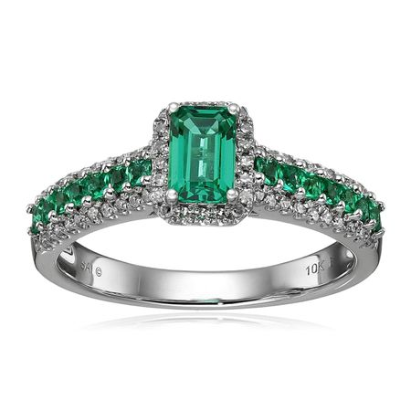 Emerald & 1/5 ct Diamond Ring