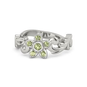 18K White Gold Ring with Peridot