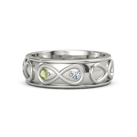 Platinum Ring with Peridot & Diamond