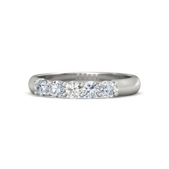Round Rock Crystal Create Wedding RingsRound