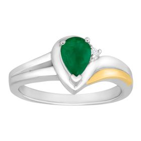 3/4 ct Emerald Ring with Diamond