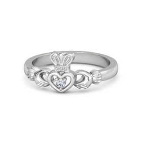 Petite Claddagh Ring