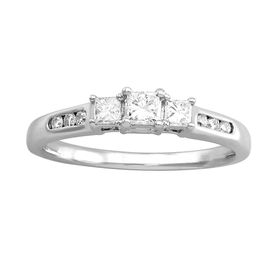 1/2 ct Princess-Cut Diamond Trio Engagement Ring
