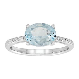 Oval Aquamarine Ring with Diamonds