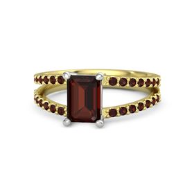 Emerald Red Garnet 14K Yellow Gold Ring with Red Garnet