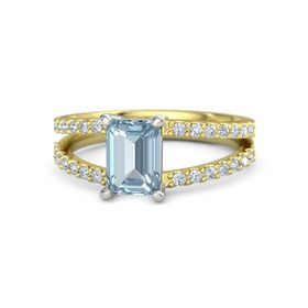 Emerald-Cut Aquamarine 14K Yellow Gold Ring with Diamond