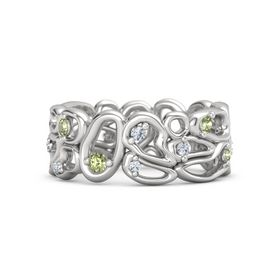 Sterling Silver Ring with Peridot & Diamond