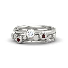 Platinum Ring with Red Garnet & Diamond