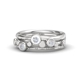 Sterling Silver Ring with Diamond