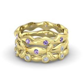 18K Yellow Gold Ring with Iolite & Diamond