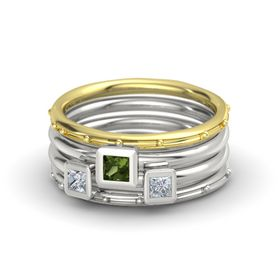 Princess Green Tourmaline 18K Yellow Gold Ring with Diamond