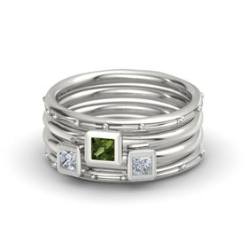 Princess Green Tourmaline Platinum Ring with Diamond