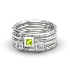Princess Peridot Sterling Silver Ring with Diamond
