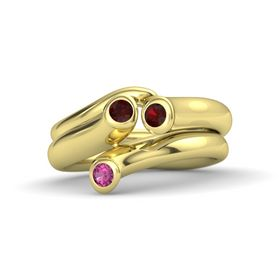 Round Red Garnet 14K Yellow Gold Ring with Red Garnet and Pink Sapphire