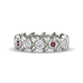 Round Rhodolite Garnet 18K White Gold Ring with Diamond
