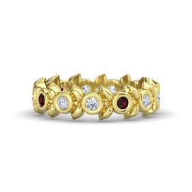Round Red Garnet 18K Yellow Gold Ring with Diamond
