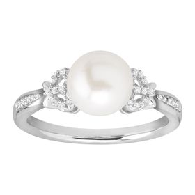 8-9 mm Pearl Bow Ring with Diamonds