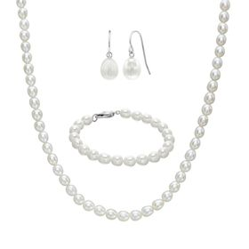 7-7.5 mm Pearl Necklace, Bracelet, & Earrings Set