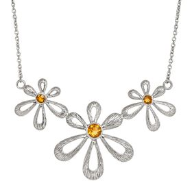 Driving Me Daisy Necklace