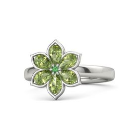 Round Emerald Platinum Ring with Peridot