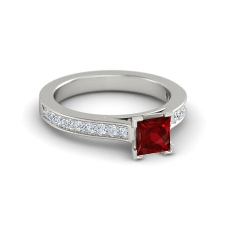 Princess-Cut Flora Ring (5mm gem)