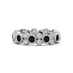 18K White Gold Ring with Black Onyx and Diamond