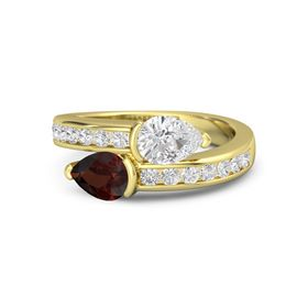 Pear Red Garnet 14K Yellow Gold Ring with White Sapphire