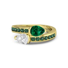 Pear White Sapphire 14K Yellow Gold Ring with Emerald and Alexandrite
