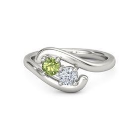 14K White Gold Ring with Peridot and Moissanite