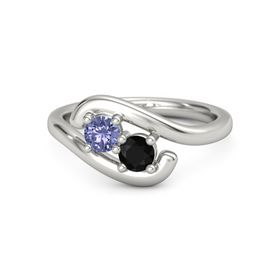 18K White Gold Ring with Tanzanite and Black Onyx