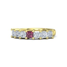 Princess Rhodolite Garnet 14K Yellow Gold Ring with Diamond