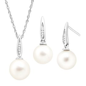 7.5-8.5 mm Pearl Earring & Pendant Set with Diamonds
